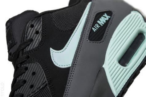 Nike Air Max Essential Black Mint Condition nike air max 90 essential black mint