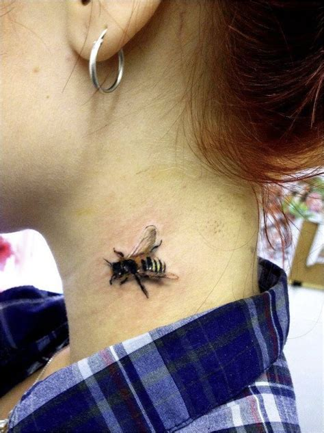 tattoo 3d facebook 3d bee tattoo very cool highly detailed 3d bee design
