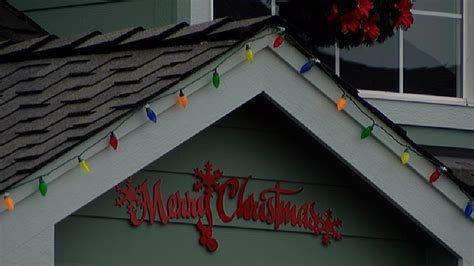 removing decorations safety tips for removing outdoor decorations ktvl