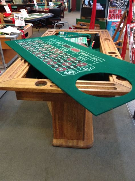 sold floor model combination craps table