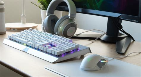 B1 Warwolf Gaming Set T razer gaming peripherals now available in white and gunmetal peripherals news hexus net
