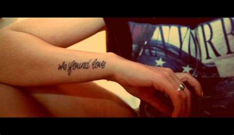 tattoo on outer wrist arm name ideas