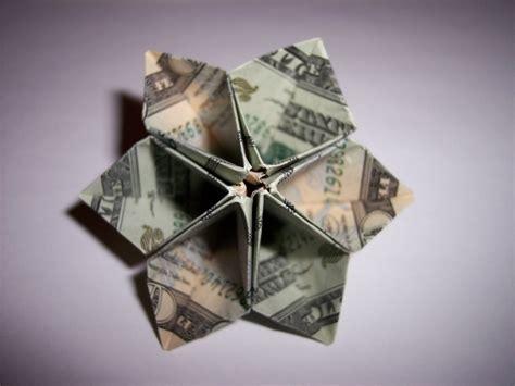 Origami Out Of Money - aus geldschein blume falten geldblume anleitung und ideen