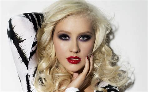 images of aguilera aguilera wallpapers images photos pictures