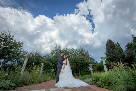 Denver Botanic Gardens Weddings Denver Botanic Gardens Wedding And Ritz Carlton Reception Colorado Wedding Photographers Joe