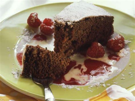 Schokoladen Nuss Kuchen Mit Himbeer Und Vanilleso 223 E