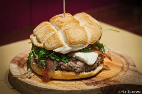 Handmade Burgers - the italian 200g handmade burger picture of barock