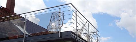 französische balkone edelstahl balkone aus stahl und glas eine konstruktion aus stahl