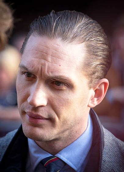 tom hardy eye color tom hardy weight height ethnicity hair color eye color
