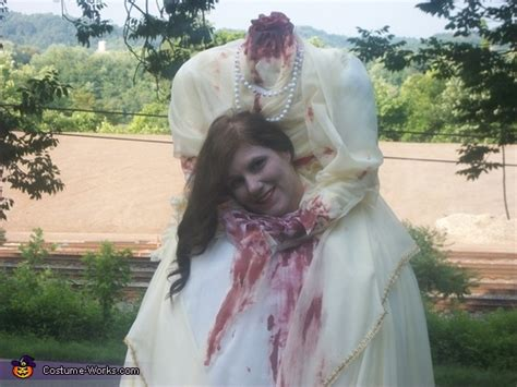 headless woman costume photo