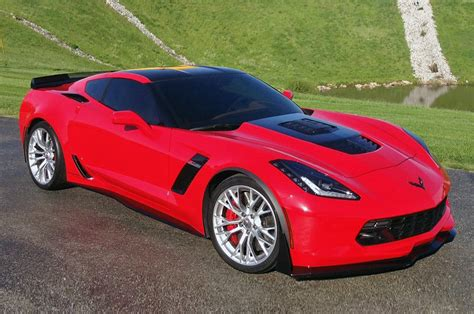 what is a corvette 2016 chevrolet corvette reviews and rating motor trend