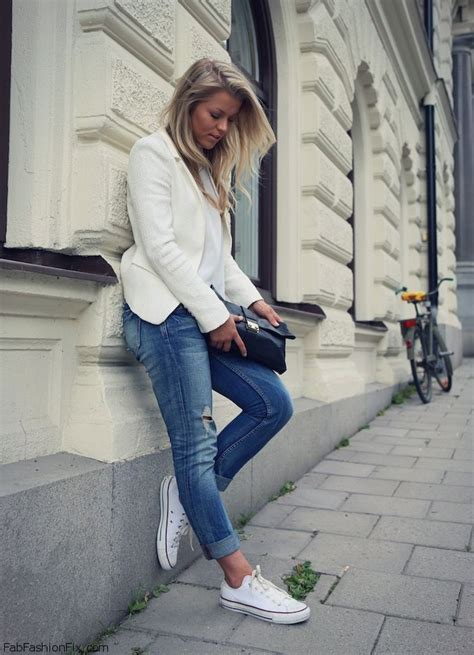 white blazer and converse sneakers for