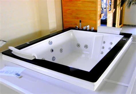hotel vasca idromassaggio doppia vasca idromassaggio eclisse 185 x 150 cm senza cornice o