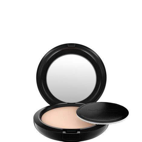 Mac Studio Careblend studio careblend pressed powder