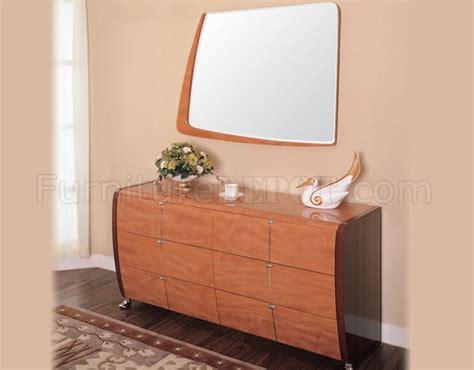 5 mahogany and cherry finish modern bedroom set
