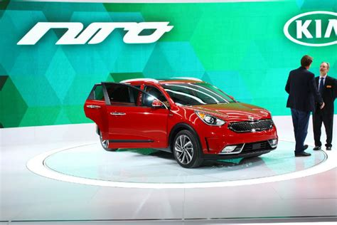 Kia Sportage Per Gallon by 2017 Kia Niro Hybrid 50 Per Gallon