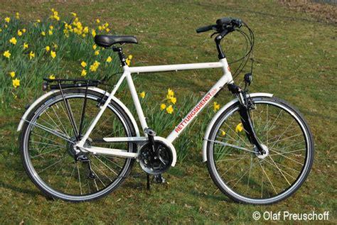 Feuerwehr Aufkleber Fahrrad by Feuerwehr Fahrrad Mit Dem Einsatz Bike In Den Fr 252 Hling