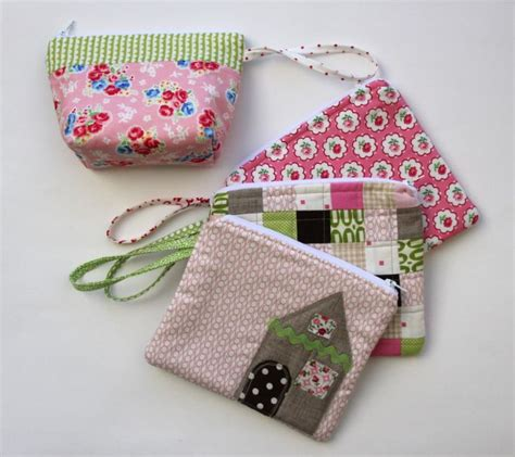 zippered fabric pouch pattern zippered pouch tutorial from quot i have to say quot sewed in