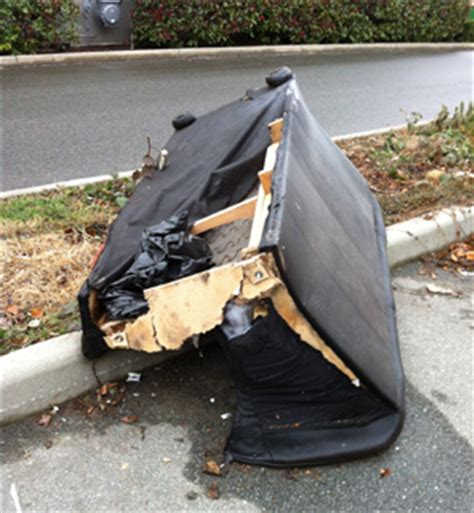 couch disposal couch disposal junk removal for vancouver bc 1 800 rid