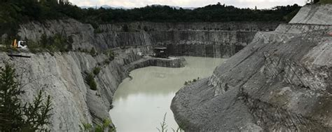 la vasca accordi storico accordo per l ex miniera brenno c 232 la firma per