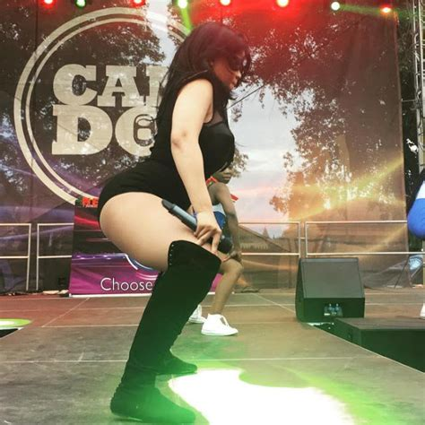 chomee on stage chomee i m a performer candosummer