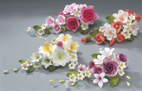 How To Make Sugar Roses For Cake Decorating by 1000 Images About On Wedding Cakes