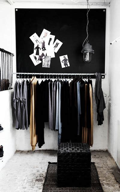 lade soffitto ikea diy een zwart wit inloopkast makeover nl