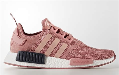 Sepatu Adidas Nmd R1 Womens Grey Pink Premium Quality adidas nmd r1 pink by9648 sneakernews