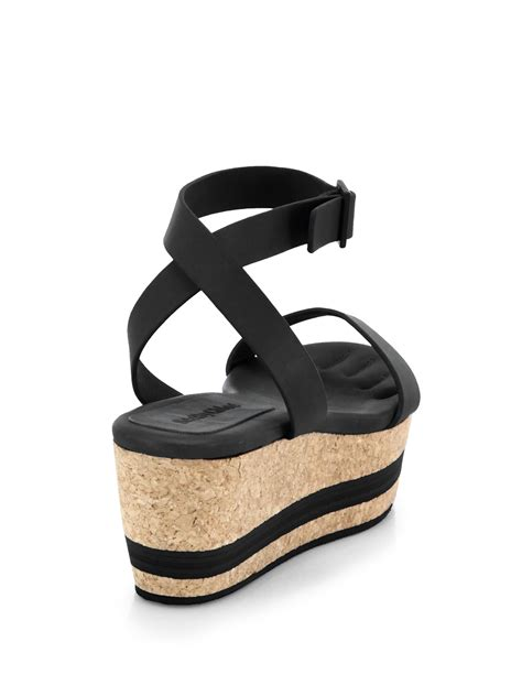black leather platform sandals see by chlo 233 leather cork platform sandals in black lyst