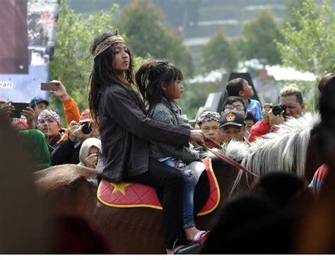 Jual Rambut Gimbal Di Jakarta dari negri khayangan di hyang news from indonesia