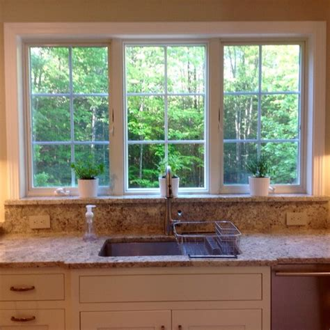 kitchen sink window size what size window 30 inch sink