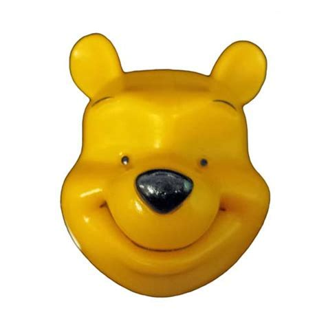 Your WDW Store   Disney Magnet   Winnie the Pooh Head