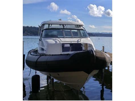 catamaran hull protectors 2003 rayglass protector targa 28 powerboat for sale in