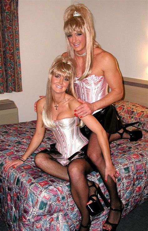 pinterest crossdressing group or couples images cute couple cute couples and larger groups pinterest
