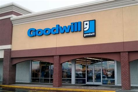 Goodwill Background Check Goodwill Store Donation Center 1021 Wayne Ave Chambersburg Pa 17201