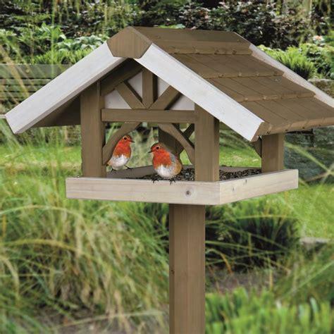 best bird feeders best 25 wooden bird feeders ideas on bird