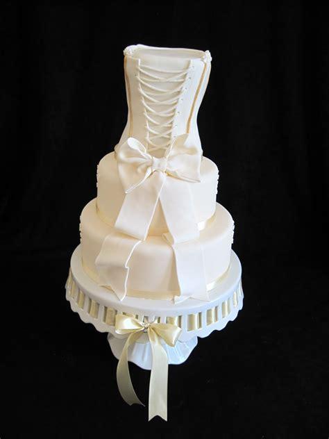 dress cake wedding cake ideas to add pizazz to your party