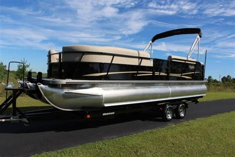 bentley pontoon boats bentley pontoons 243 tritoon 150hp boats for sale in