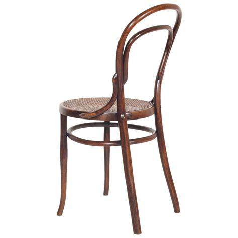 thonet sedie catalogo coppia sedie thonet in faggio curvato e paglia di vienna