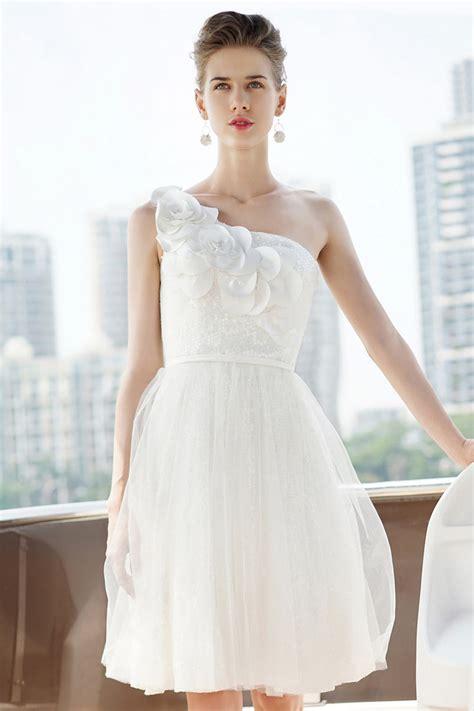 Robe Blanche Simple Pour Mariage - robe pour mariage blanche courte avec fleurs en dentelle
