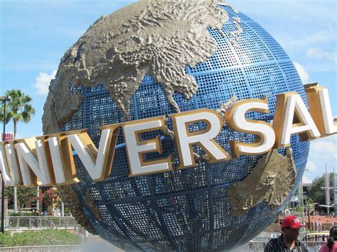 theme park universal studios universal studios theme park