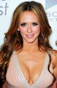 jennifer love hewitt haircut 2015 best hairstyles for big foreheads