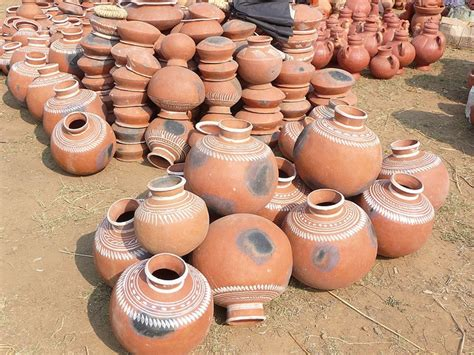 decorated cooking urn 51 best terracotta urns and pots images on pinterest
