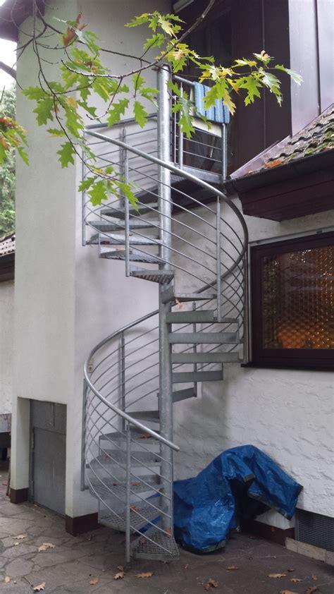 geländer treppe aussen aussen treppen aussen treppe 207