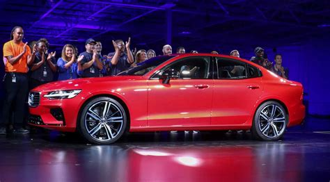 volvo shows    factory  sedan asks  openness  trade extremetech