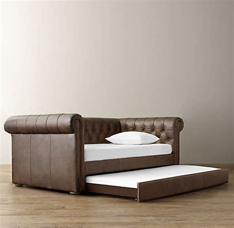 Leather Daybed With Trundle Chesterfield Tufted Leather Daybed With Trundle