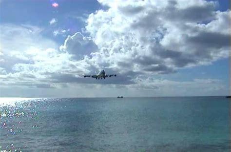 beautiful video beautiful airplane landing video