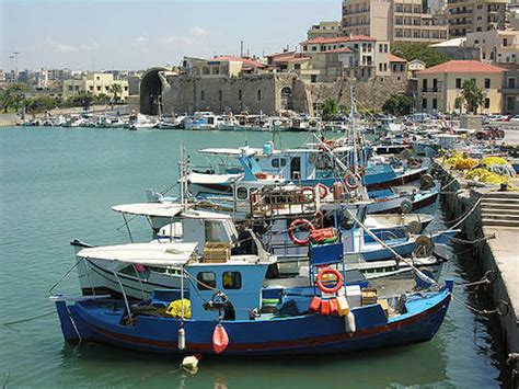 greek fishing boat images greek boat images beautiful and poetic images wooden