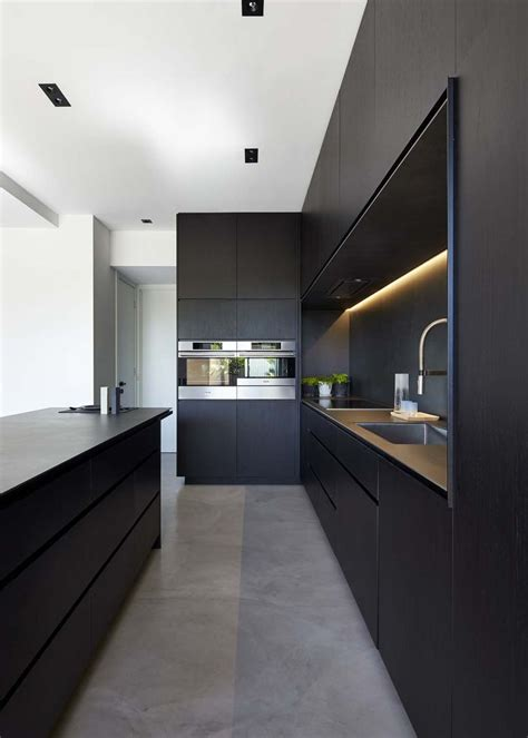 modern black kitchen best 25 black kitchens ideas on kitchens stainless steel kitchen inspiration