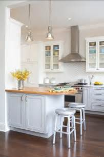 ideas for small kitchen designs 25 best ideas about small kitchen designs on